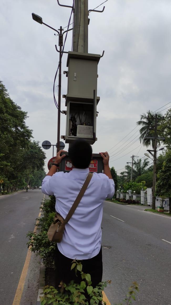 PERBAIKAN CCTV JALAN LOKASI DEPAN MASJID AGUNNG