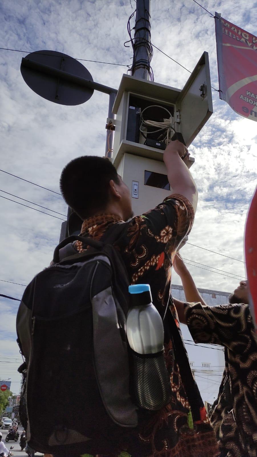 PERBAIKAN CCTV TITIK LOKASI POS POLISI JALAN IMAM BONJOL KECAMATAN KISARAN TIMUR
