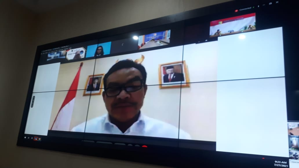 DINAS KOMINFO MEMFASILITASI KEGIATAN VIDCON BRIDGING LEADERSHIP BANGGA KENCANA